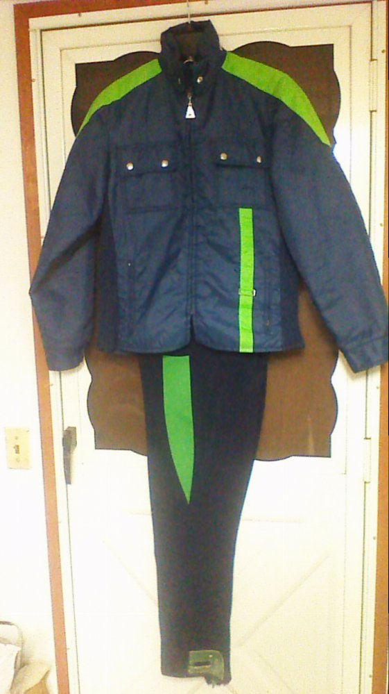 Obermeyer ski pants and Sears Ted Williams ski jacket that I used when I  had my c5f353c5f